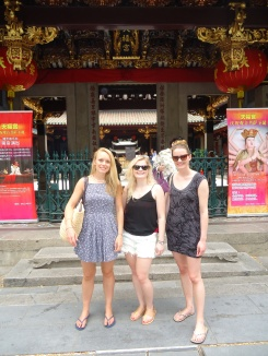 Touristing it up in Singapore